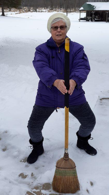 Kathy - Winter Broom Squat